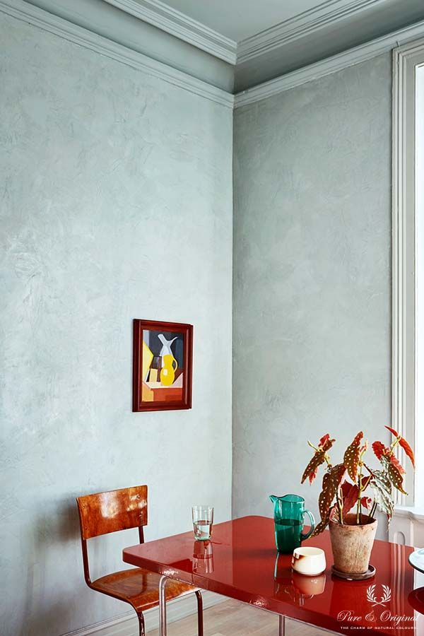 Colour Collection kitchen table, Marrakech Walls, Classico and Traditional Paint in Polar