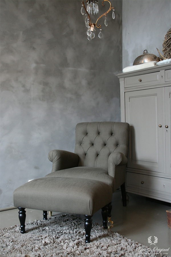 Fresco lime paint in the colour Thunder Sky, applied in the grey toned living room