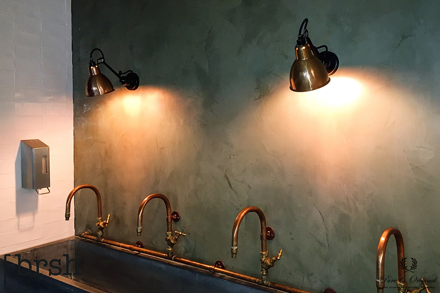 Marrakech Walls in the colour Atria, applied at the toilets in an restaurant