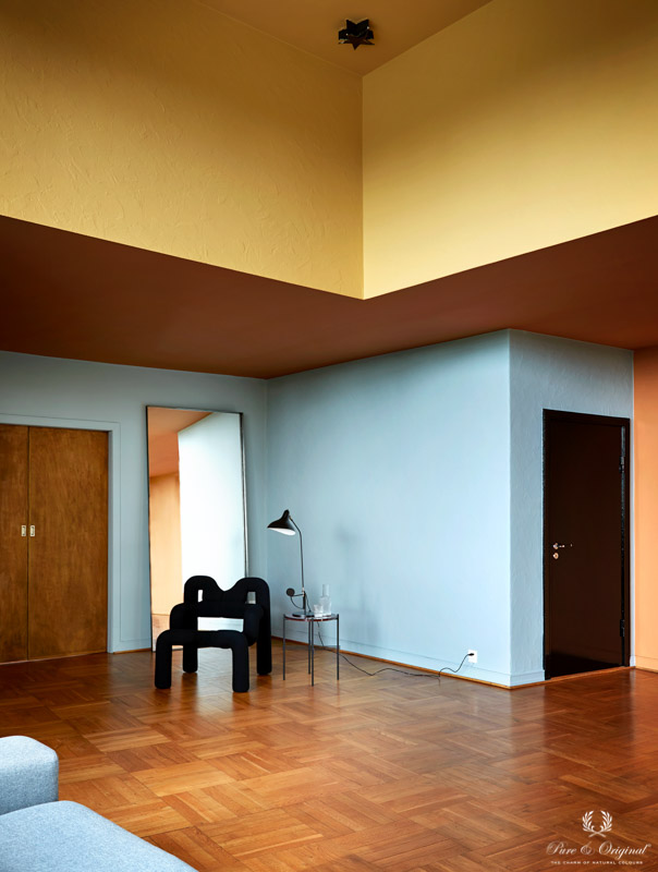Ceiling in Honey Glow yellow, Kenyan Copper orange, walls in Polar Blue